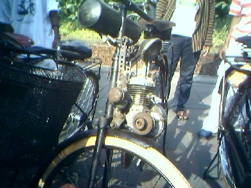Sepeda mesin