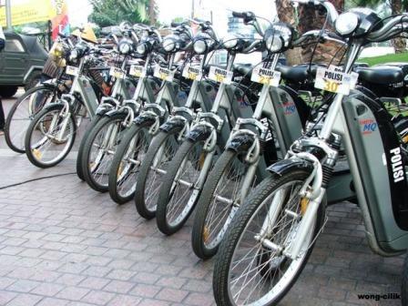 sepeda elektrik-kendaraan operasional