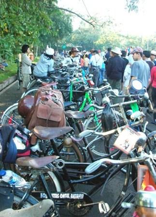 Onthel bikin heboh urang Bandung