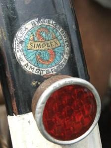 sticker & lampu belakang