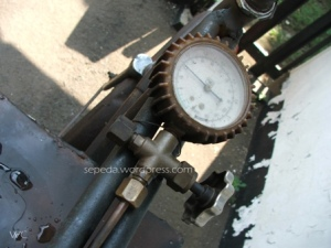 pengukur tekanan uap 70-100 psi idealnya