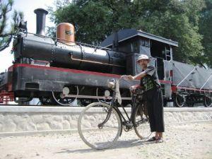 item-item kereta api, biar item banyak yg nyari....(siape tuh ?)