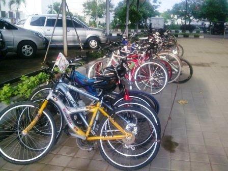 sepeda2 modern peserta lainnya