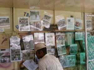 Majalah dinding K.S.O.P tg isinya potongan liputan media dan foto
